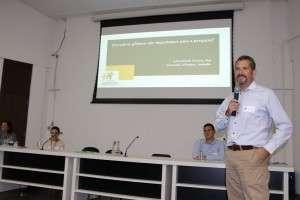 Dr. Paulo Ferreira, especialista em dor lombar. Foto: acervo RBG