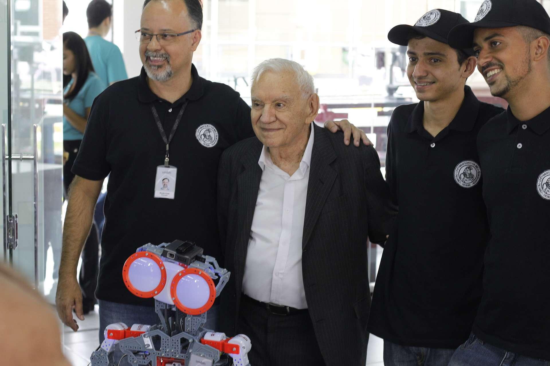 Dr. Ozires Silva - Espaço Maker - Foto 3 - William Araújo