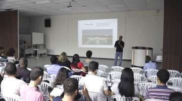 Benny Cohen e palestra sobre as incertezas do jornalismo - Foto - William Araújo