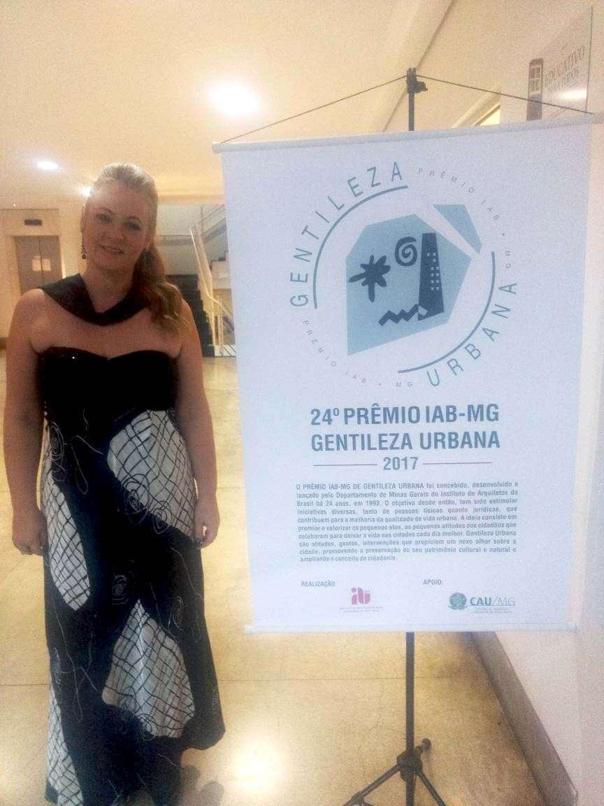 Gracielle Torres na premiação do IAB