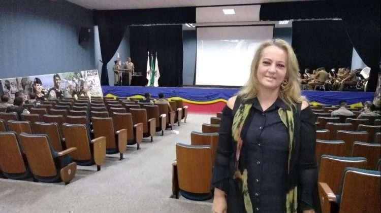 """Gracielle Torres na cerimônia de entrega do prêmio """"Guardião Belohorizontino"""""""
